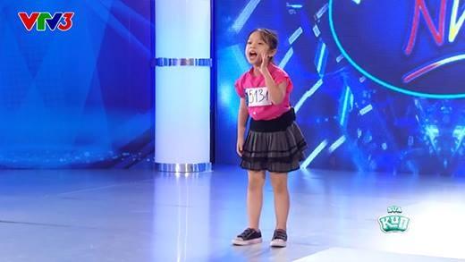 """Cô bé 7 tuổi khiến 3 vị giám khảo tăng động với ca khúc """"Tôi thích"""" cực dễ thương"""