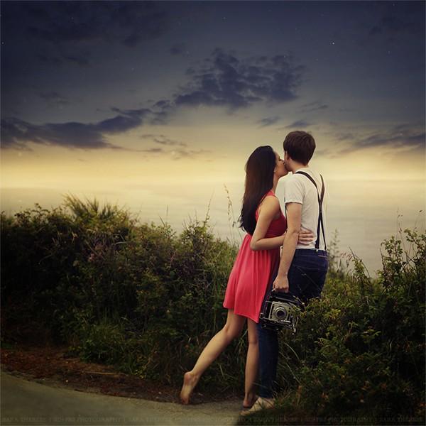 Khi yêu, bạn sẽ nhìn mọi thứ dưới lăng kính màu hồng. (Ảnh minh họa)