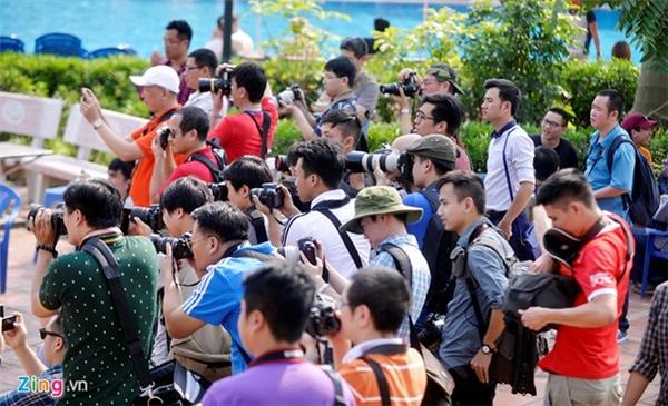 """Sự kiện này được tổ chức với mục đích chính là nâng cao tay nghề nhiếp ảnh cho các """"phó nhòm""""."""