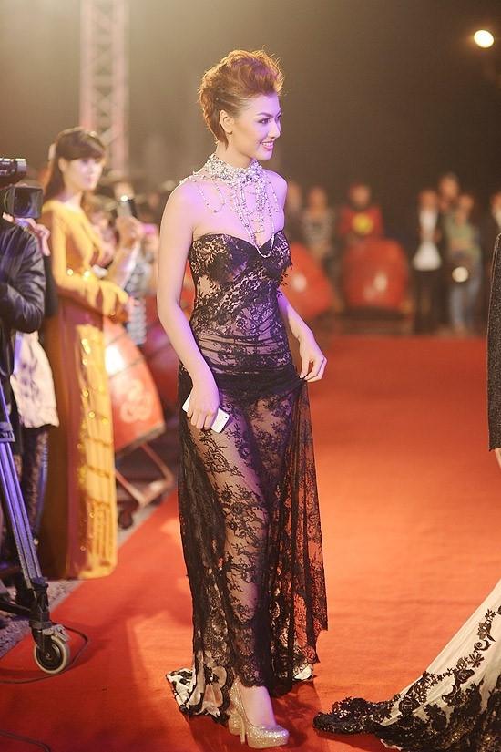 Hình ảnh khiến khán giả, quan khách khó quên về Hồng Quế.