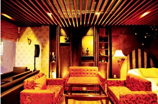 Với những thiết kế nội thất đẹp như mơ, có thể thấy Mỹ Tâm đã dành rất nhiều tâm huyết, tiền bạc cho công việc kinh doanh. - Tin sao Viet - Tin tuc sao Viet - Scandal sao Viet - Tin tuc cua Sao - Tin cua Sao