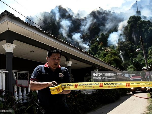 Giới chức địa phương cho rằng nắng nóng chính là nguyên nhân gây cháy rừng tại Malaysia.