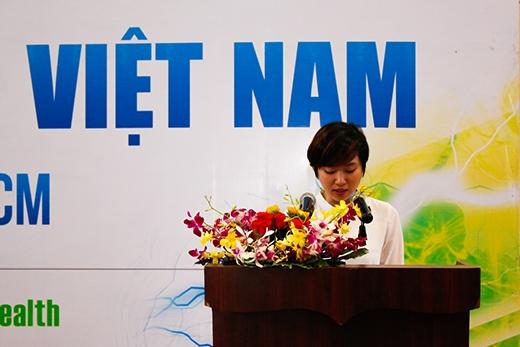Bà Lê Thanh Thảo – Giám đốc điều hành Giải thể thao sinh viên Việt Nam phát biểu.