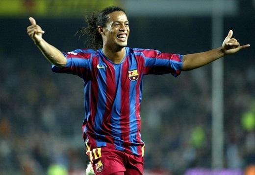 Những ngôi sao qua thời đỉnh cao như Ronaldinho và Kaka vẫn hút khách. Ảnh: Internet.
