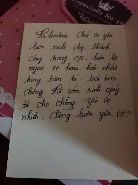 Món quà nhỏ, lời nhắn nhủ tình cảm khi hai người còn mặn nồng. Ảnh: Facebook
