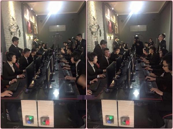 Bức ảnh kỉ yếu của lớp 12A1 trường THPT Yên Hòa lấy bối cảnh từ quán internet vô cùng độc lạ. (Ảnh: Internet)