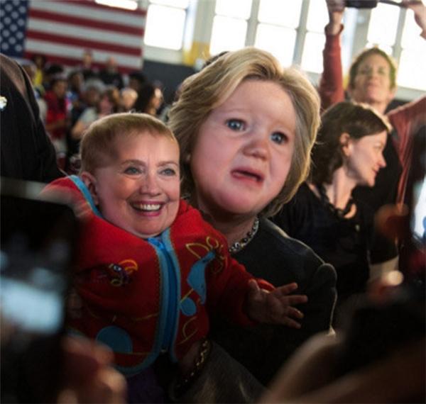 8. Người ta là Hillary Clinton chứ không phải trò bông đùa của mấy bà đâu nhé.