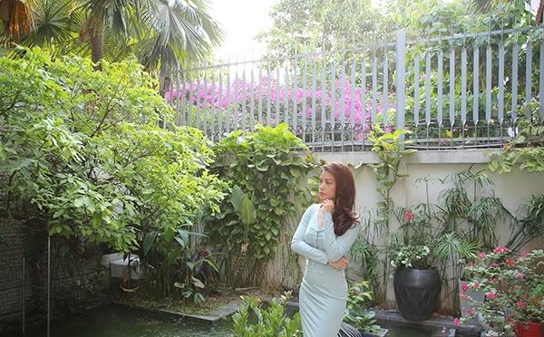 Khu vườn xanh mướt trong nhà Trương Ngọc Ánh. - Tin sao Viet - Tin tuc sao Viet - Scandal sao Viet - Tin tuc cua Sao - Tin cua Sao