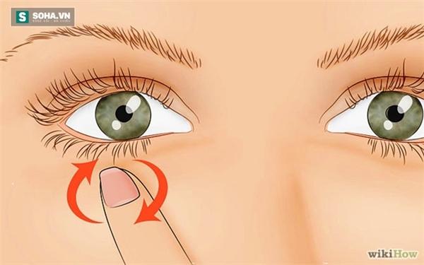 Nháy mắt: Điềm báo xui xẻo về bệnh tật