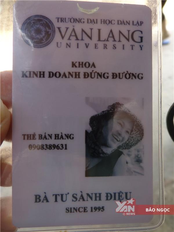 """Thẻ kinh doanh được sinh viên Văn Lang cấp riêng cho """"cô Tư sành điệu""""."""