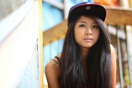 """Sau nhiều năm nỗ lực và lao động miệt mài, rapperSuboi đã được mệnh danh là """"nữ hoàng nhạc Hip-hop"""" Việt Nam. Với vẻ ngoài khá chất và cực ngầu của mình, ít ai tin được Suboi lại cótên thật là Hàng Lâm Trang Anh - một cái tên nghe rất hàn lâm. - Tin sao Viet - Tin tuc sao Viet - Scandal sao Viet - Tin tuc cua Sao - Tin cua Sao"""