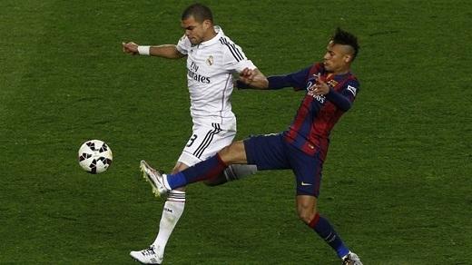 Pepe cho rằng Neymar còn chơi xấu hơn mình.Ảnh: Reuters.