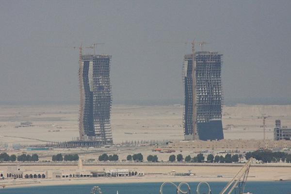 Ngành công nghiệp xây dựng đang bùng nổ ở nước này là nguyên nhân chính khiến cho mức độ ô nhiễm không khí ở đây ngày càng trầm trọng.