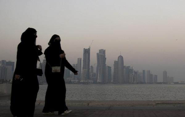 Người dân ở Doha đang phải sống trong khói bụi ô nhiễm nặng nề.