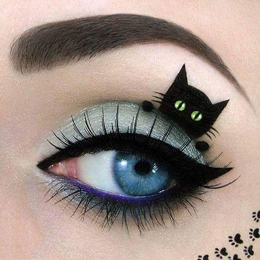 """""""Mắt mèo"""" không những quyến rũ, sắc sảo mà còn khiến những bạn mê mèo phải trầm trồ đấy nhé. (Ảnh: Tal Peleg)"""