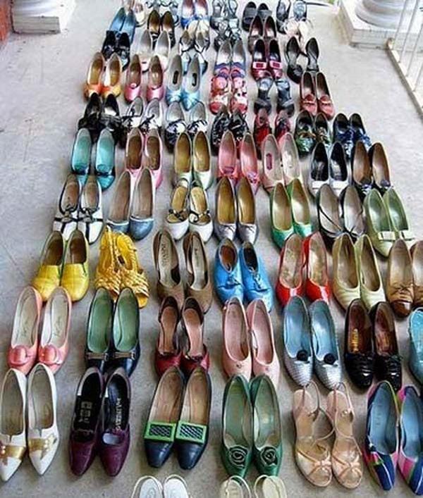 """Chiến lợi phẩm """"Bộ sưu tập giày cao gót"""" trong số 160 đôi mà người đàn ông này đã trộm được."""