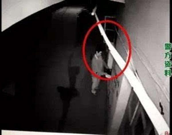 Người đàn ông và hành vi trộm cắp.