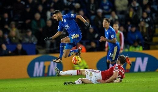 MU trượt ngã và để cho những đội như Leicester vượt lên.