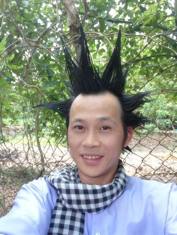 Một số hình ảnh của Hoài Linh được anh chia sẻ trên trang fanpage và nhận được sự quan tâm của khán giả hâm mộ. - Tin sao Viet - Tin tuc sao Viet - Scandal sao Viet - Tin tuc cua Sao - Tin cua Sao