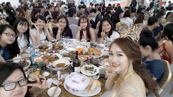 Những hình ảnh xa hoa về đám cưới của Nguyệt - Khoa tại Nam Định.