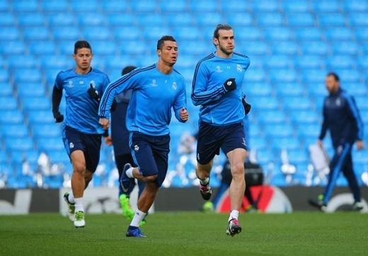 """Ronaldo đang trở thành đề tài """"hot"""" trên các mặt báo.Ảnh: Getty Images."""