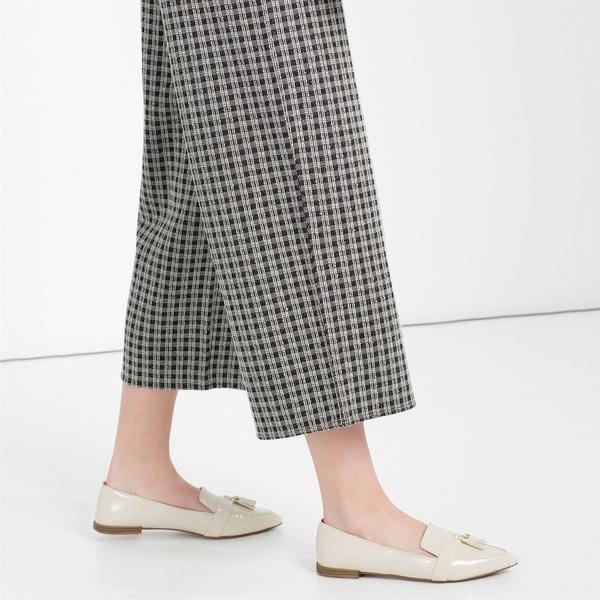 Thực tế là: Phụ nữ ngày càng chán giày cao gót