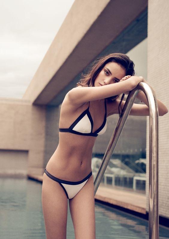Đừng xem những hình quảng cáo trên mạng mà chọn bừa đồ bơi