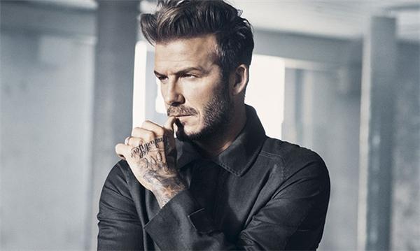Mái tóc undercut hợp xu hướng của Beckham. Dù đã U40 nhưng Beckham vẫn tiên phong hưởng ứng và lăng xê nhiều trào lưu làm đẹp mới.