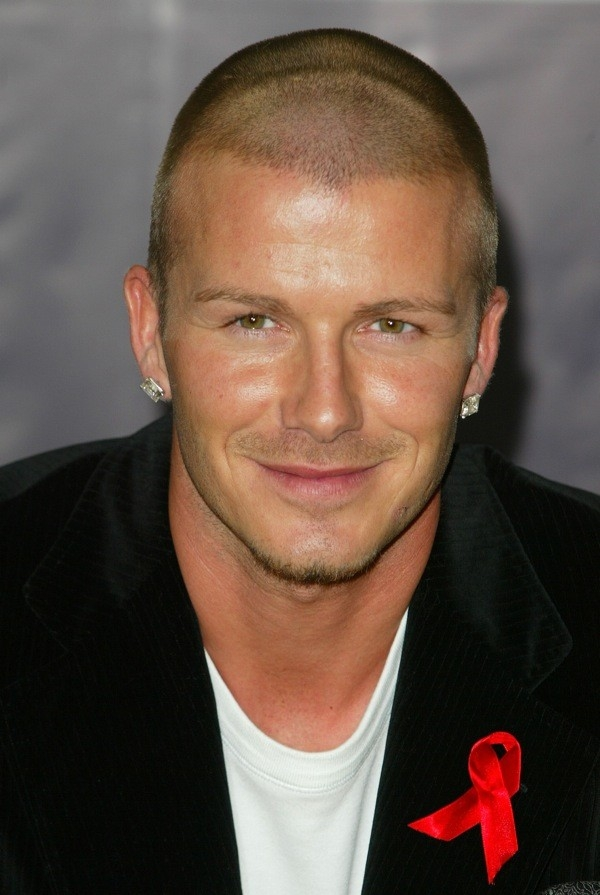 Có khoảng thời gian, Beckham gây bất ngờ với mái tóc chỉ còn lưa thưa.