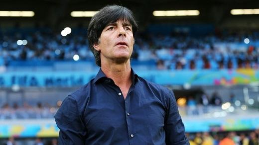 HLV Joachim Loew sắp cập bến Premier League?