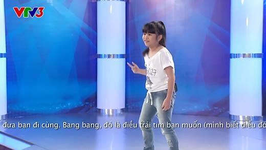 """Tóc Tiên """"quẩy"""" hết mình với thí sinh hát """"nhạc người lớn"""""""
