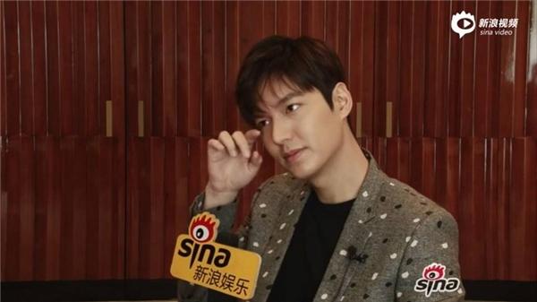 Min Ho đề cập đến vấn đề nhập ngũ và bí quyết có được làn da khỏe đẹp