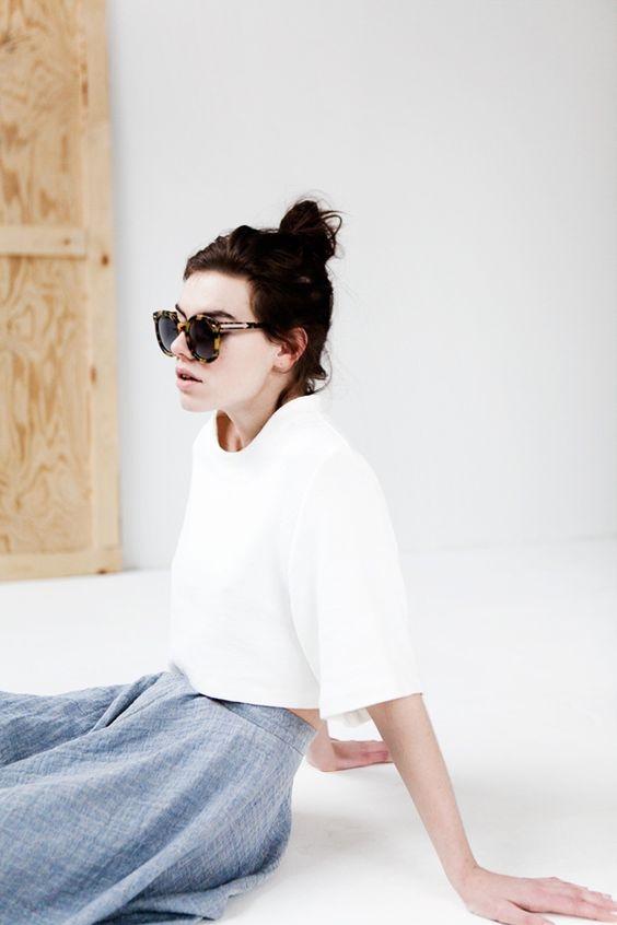 5 thiết kế áo crop-top chưa bao giờ thôi quyến rũ phái đẹp mỗi khi hè tới