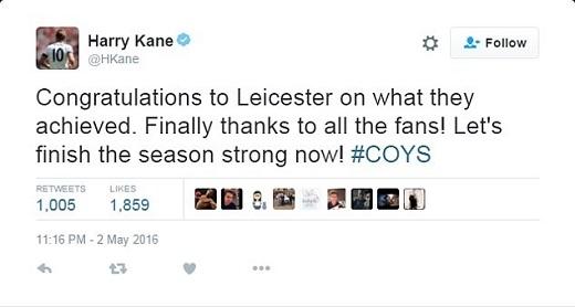"""Chân sút Harry Kane chúc mừng đối thủ chính trong cuộc đua vô địch vừa ngã ngũ: """"Xin chúc mừng Leicester với thành quả họ đạt được""""."""