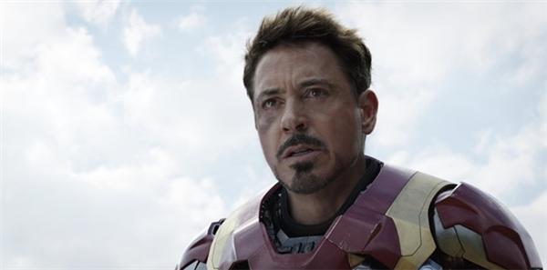 Iron Man khám phá ra bí mật về cái chết của cha mẹ ở cuối Civil War. Captain America dù biết nhưng đã giữ kín chuyện đó suốt thời gian qua. Ảnh: Disney