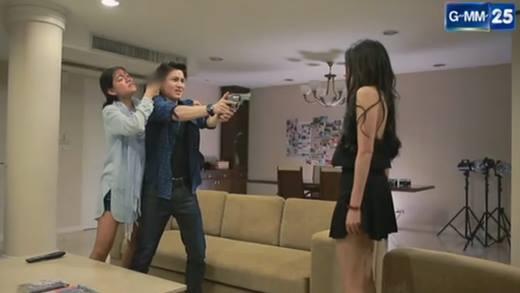 """""""Tình Yêu Không Có Lỗi 2"""" tập 15: Lee phát điên vì em trai chết, Katun quay lại với Nat"""