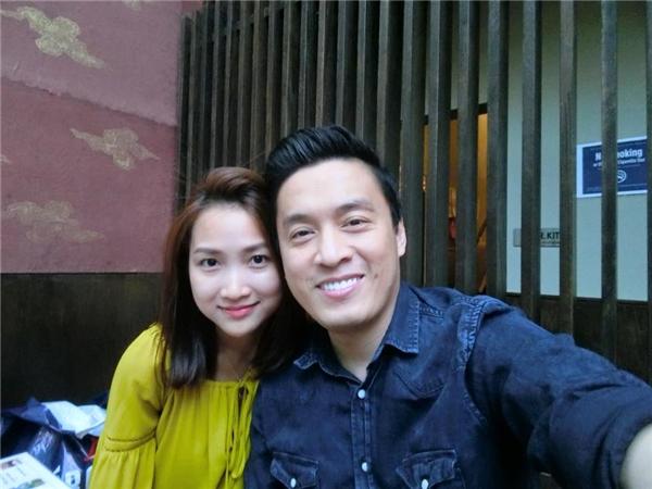 Hai vợ chồng Lam Trường - Yến Phương rạng rỡ bên nhau. - Tin sao Viet - Tin tuc sao Viet - Scandal sao Viet - Tin tuc cua Sao - Tin cua Sao
