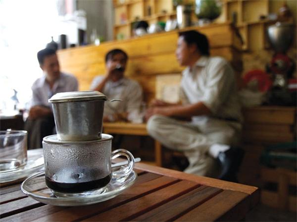 Văn hóa cà phê sáng của người Việt.(Ảnh: Internet)