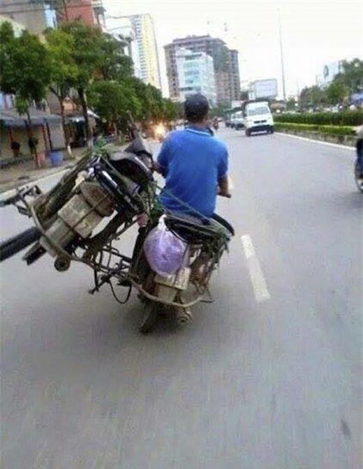 Nếu như bạn coi thường giao thông thì ít ra cũng nên coi trọng tính mạng của mình. (Ảnh: Internet)