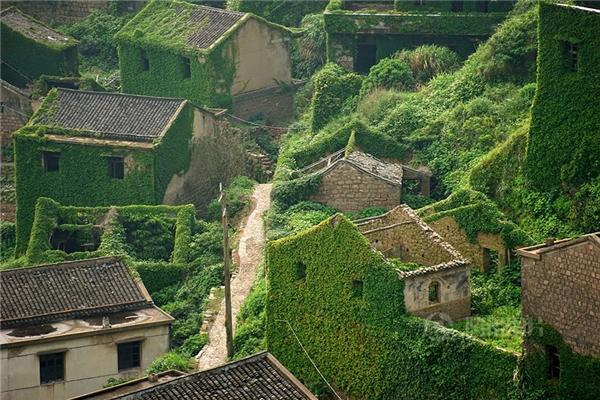 Ngôi làng đánh cá bỏ hoang ở Thặng Tứ, Trung Quốc (Ảnh: Jane Qing)