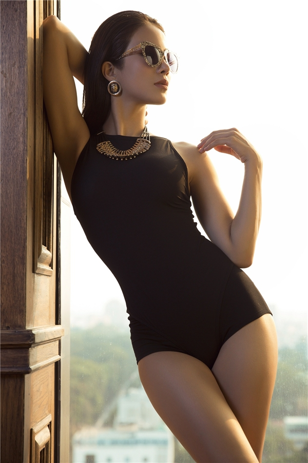 Vốn xuất thân là một vũ côngnên nữ diễn viên Vệ sĩ Sài Gòn rất thích được nhún nhảy trên sân khấu. Hình ảnh của Diệp Lâm Anh về âm nhạc cũng sẽ theo hướng khỏe khoắn, gợi cảm. - Tin sao Viet - Tin tuc sao Viet - Scandal sao Viet - Tin tuc cua Sao - Tin cua Sao