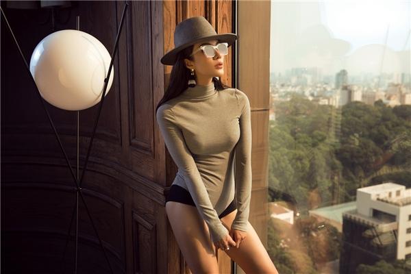 Bộ ảnh được sự giúp đỡ của nhiếp ảnh gia Lê Thiện Viễn, stylist Đinh Thành Long. - Tin sao Viet - Tin tuc sao Viet - Scandal sao Viet - Tin tuc cua Sao - Tin cua Sao