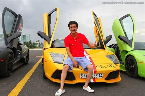 """ChiếcLamborghini Gallardo SE màu vàng khẳng định thương hiệu """"Cường siêu xe"""" một thời."""