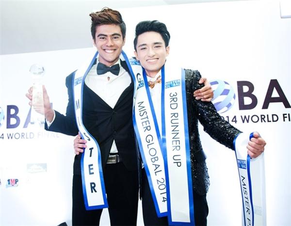 Đại diện đẩu tiên của Việt Nam tại Mister Global là Hữu Vi. Năm đó, chàng trai này đạt ngôi Á vương 3 chung cuộc và giải Nam vương ăn ảnh. Hiện tại, Hữu Vi được khán giả biết đến với vai trò một người mẫu, diễn viên. Chuyện tình giữa chàng trai sinh năm 1992 và nữ diễn viên Vũ Ngọc Anh cũng được giới truyền thông quan tâm.