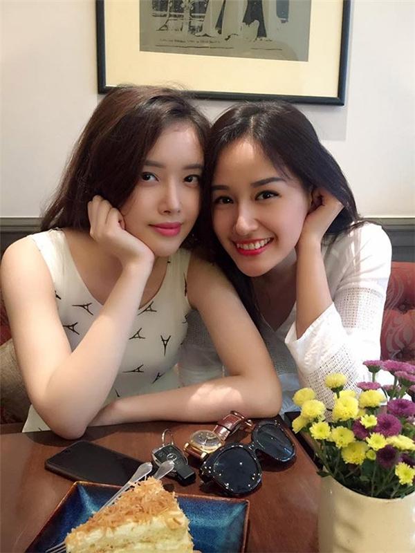 Mai Ngọc Phượng- em gái Mai Phương Thúy được đánh giá xinh đẹp và quyến rũ không kém cô chị hoa hậu khi sở hữu chiều cao đáng nể 1m78 và gương mặt xinh đẹp.