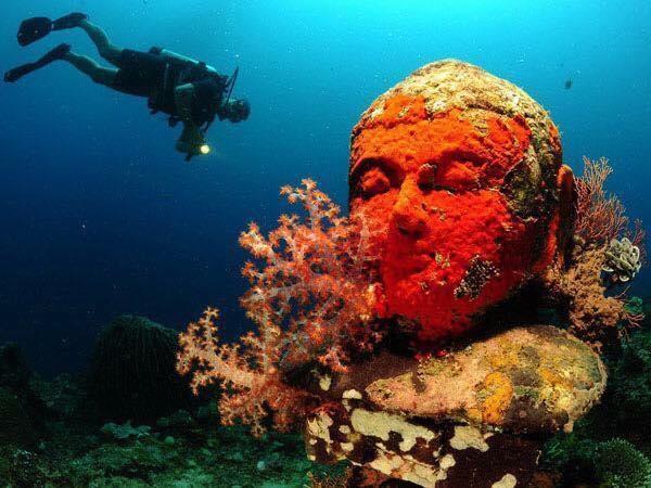 Sự thật về ngôi chùa 2000 năm tuổi nằm trong lòng đại dương