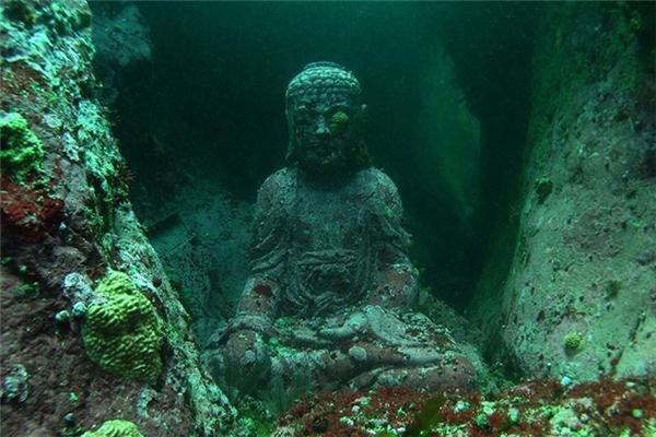 Công trình được thực hiện rất kỳ công và trông giống hệt như một di tích từ 2000 năm trước. (Ảnh: Internet)