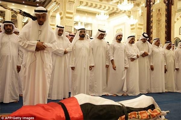 Rashid qua đời khi chỉ mới 33 tuổi.