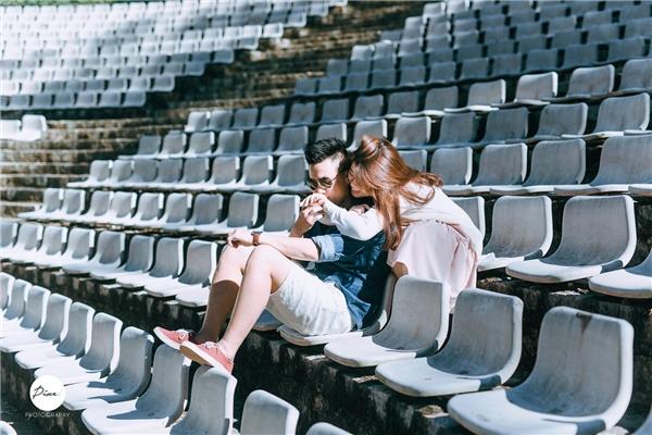 Chuyện tình lãng mạn phát ngất của cặp đôi yêu nhau gần một thập kỉ