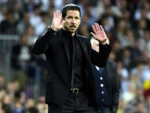 Simeone không thể dẫn dắt đội bóng quê hương nếu Messi không đồng ý